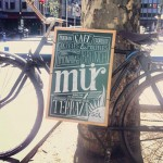Cartel de Mür en la calle Princesa de Madrid